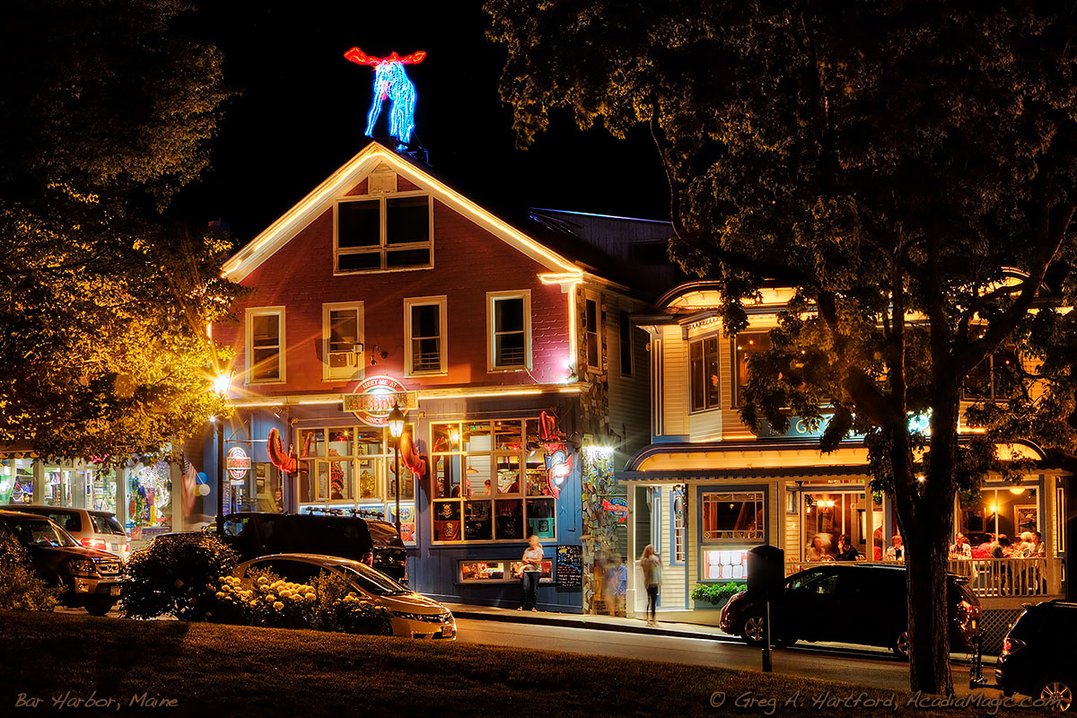View of Geddy's from Agamont Park in Bar Harbor, Maine at night