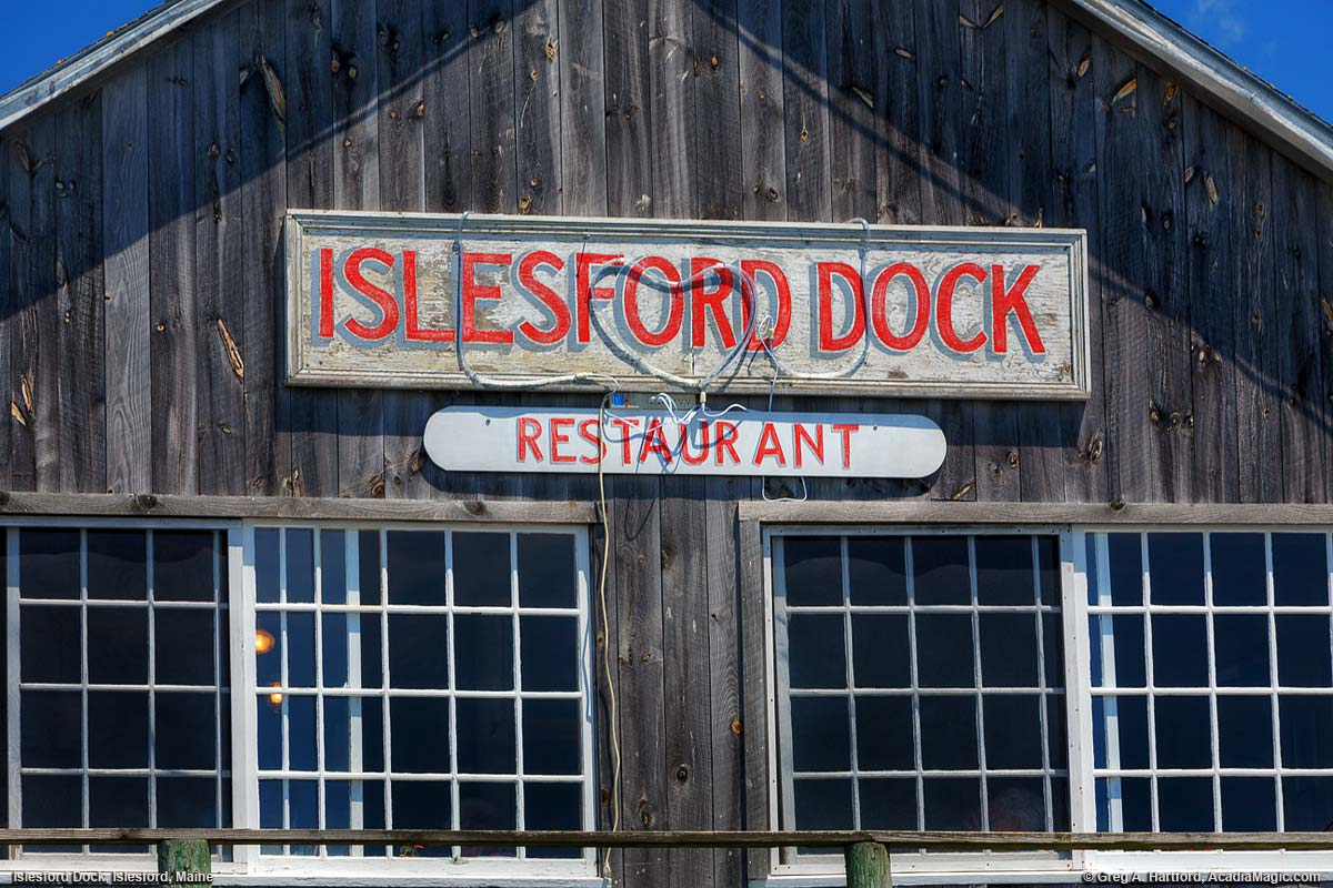 Islesford Dock Restaurant sign and front