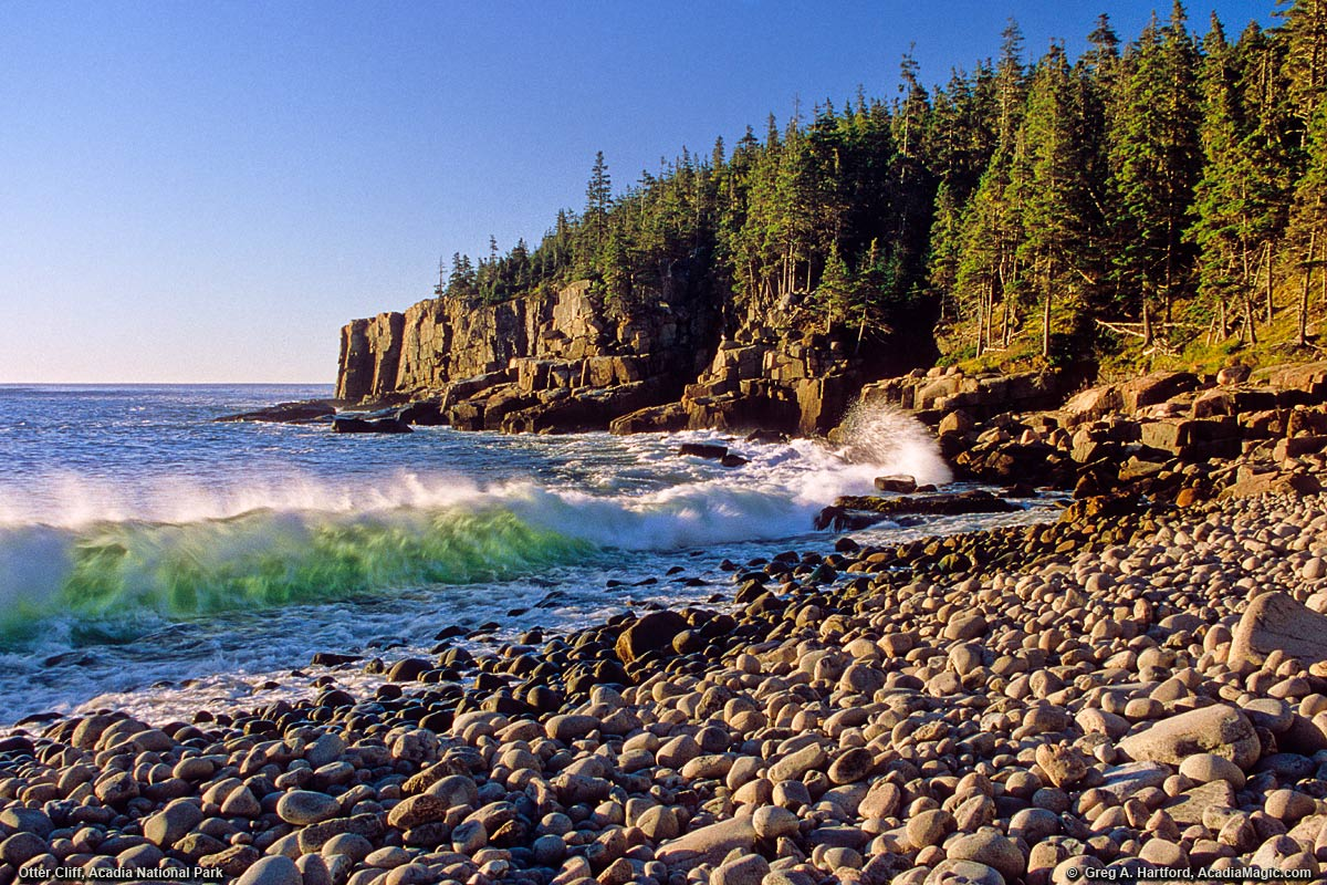 A view of Otter Cliff with a nice wave in Acadia National Park