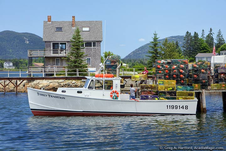 Maine Lobster Boat & Crew in Bass Harbor, Maine