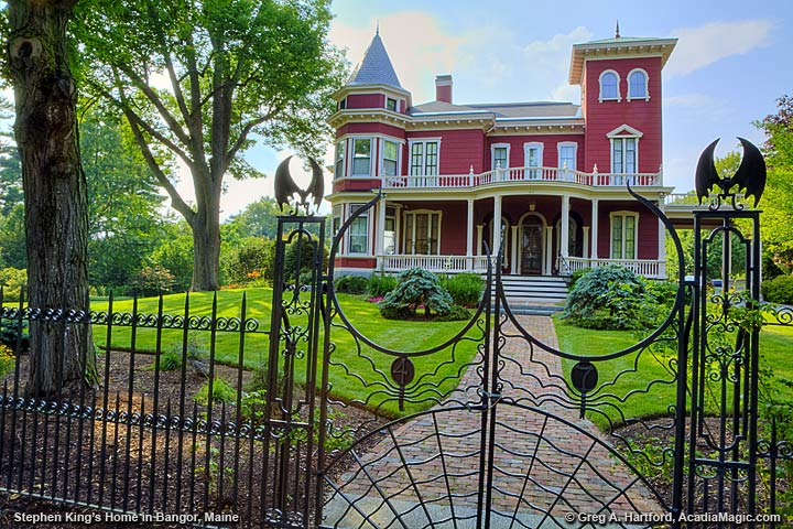 The Bangor, Maine home of Stephen King showing the bat adorned iron gates