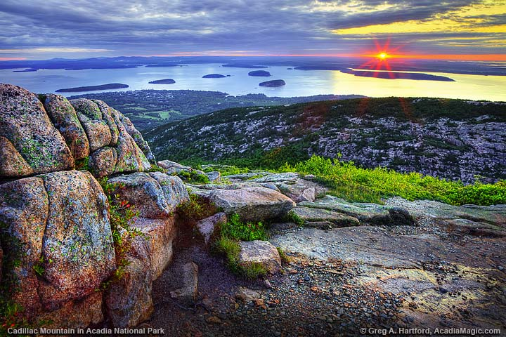 Sunrise on Cadillac Mountain in Bar Harbor