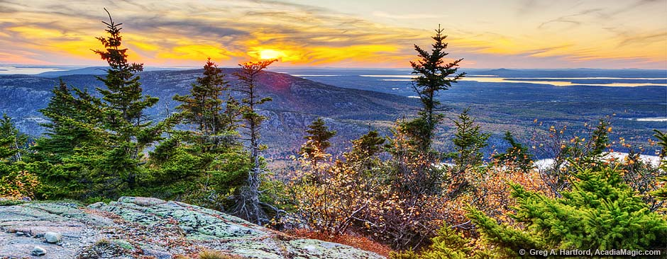 This shows an autumn scene looking west from Cadillac Mountain.